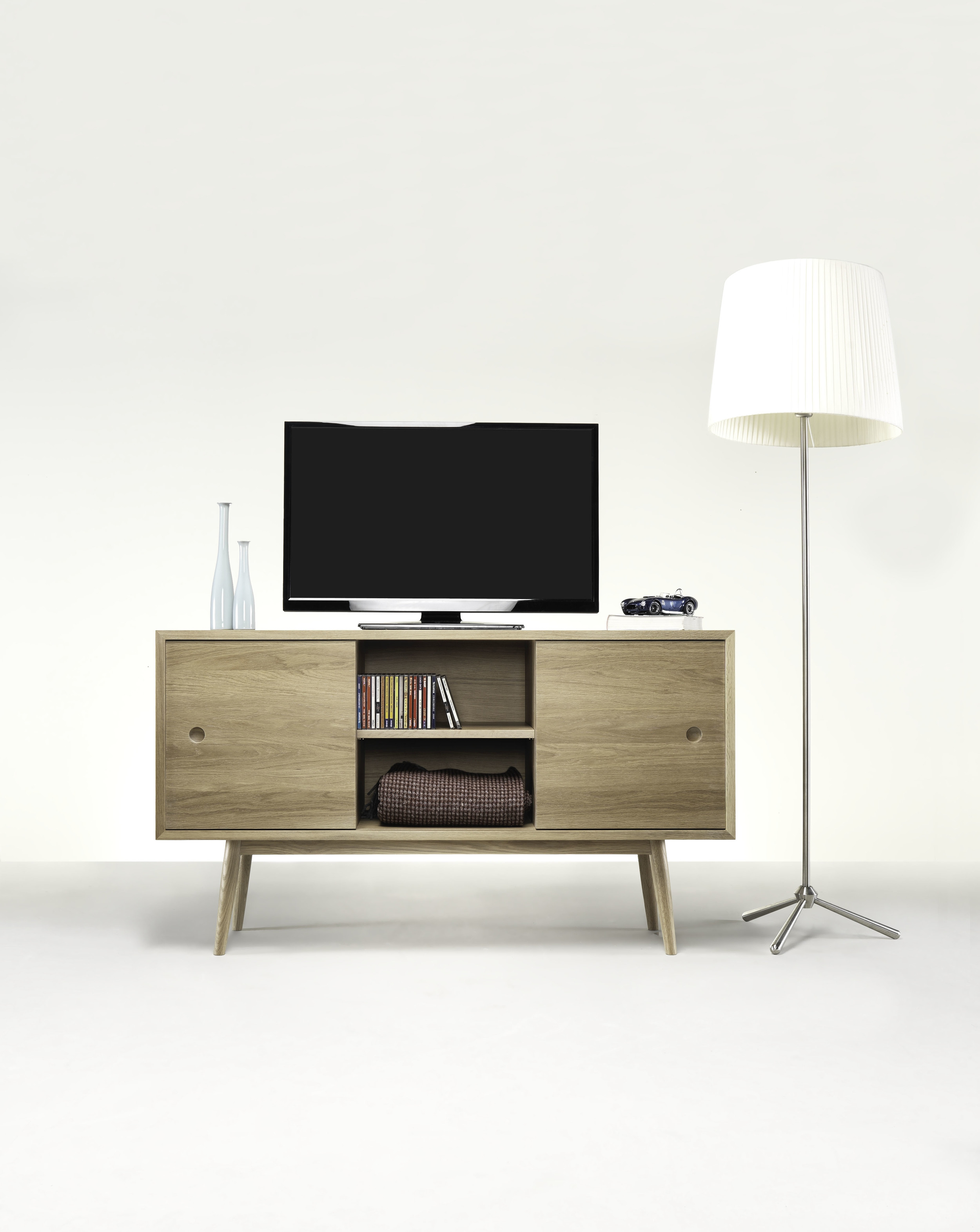 CLASSIC   With natural simplicity and clean lines,  CLASSIC  perfectly fits to both minimal and refined environments.