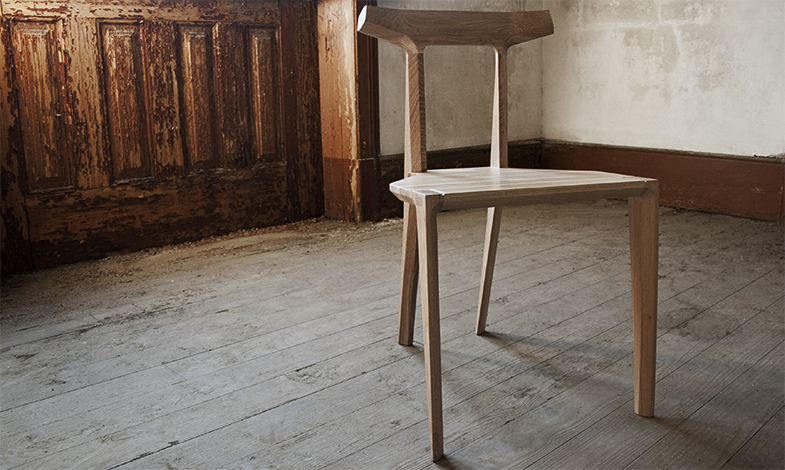 ORCA  is an all wood chair, that achieves lightness and elegance through design, but also strengh and comfort through materials and craft techniques. Comfortable, strong and light,  ORCA  enhances any room.