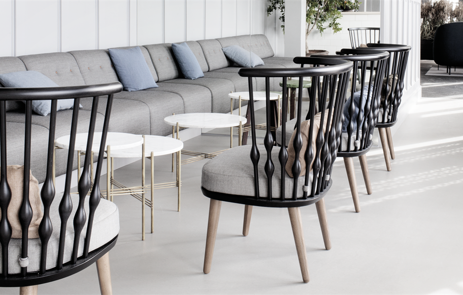 5. NUB CHAIR BY ANDREU WORLD    NUB  is an attractive lounge chair with natural wood structures with multiple color combinations.