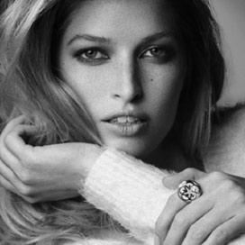 HEIDE LINDGREN/  NEW YORK/USA  International Model / Sustainable Fashion & Designer