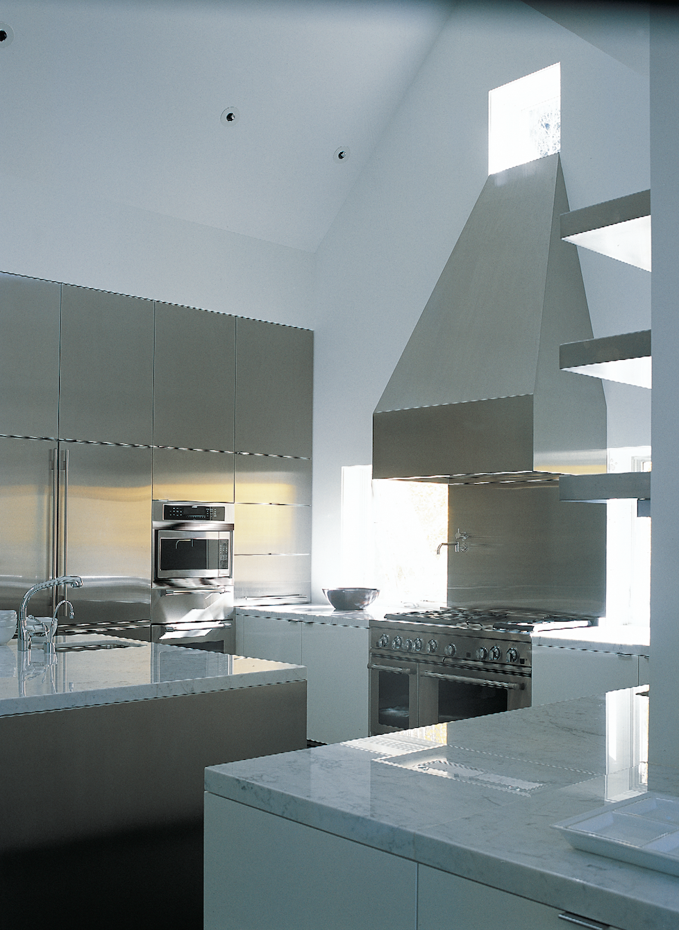 Stainless steel and plaster drive this geometric design in Aspen, Co.