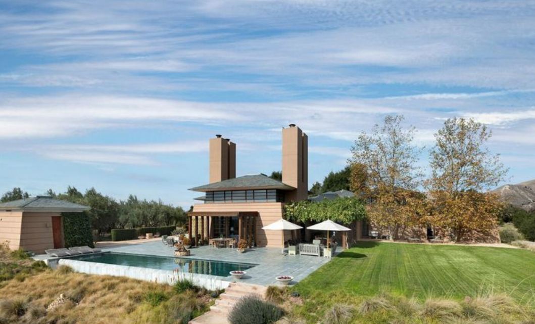 James Garner's house by Hugh Jacobsen is for sale...Click here. -
