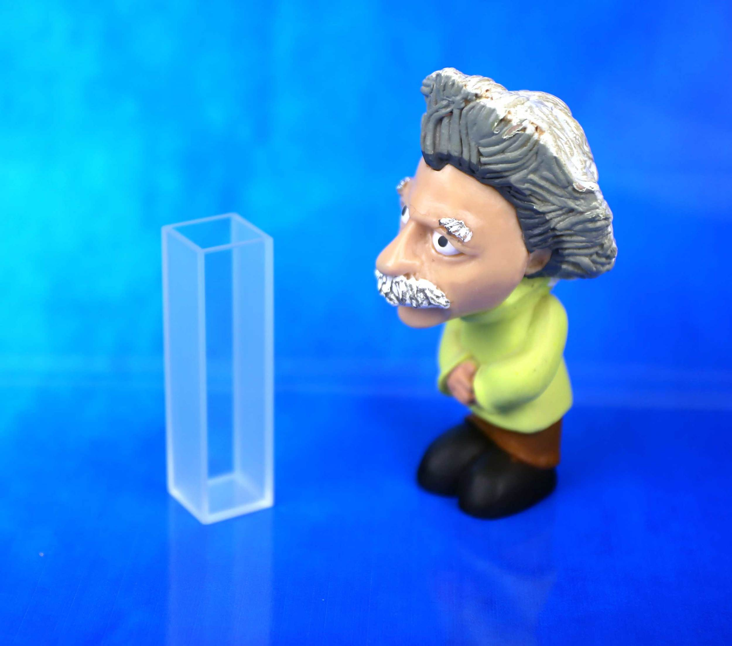 Einstein admiring our Type 1UV10 Cuvette