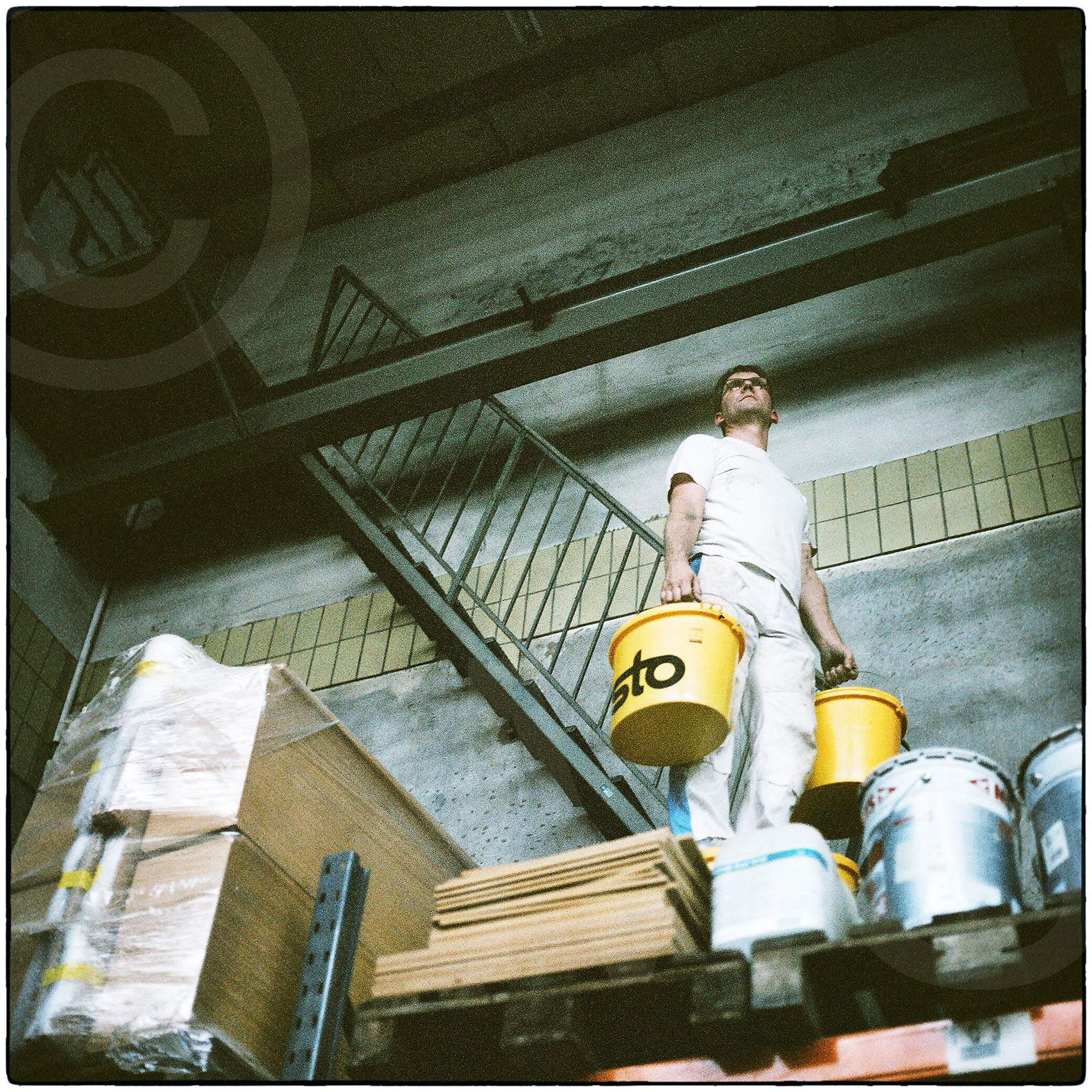 Film4587_05_mRcross.jpg