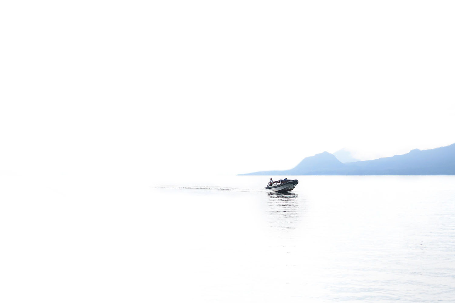 Atitlan_washed out boat_IMG_3808_V2.jpg