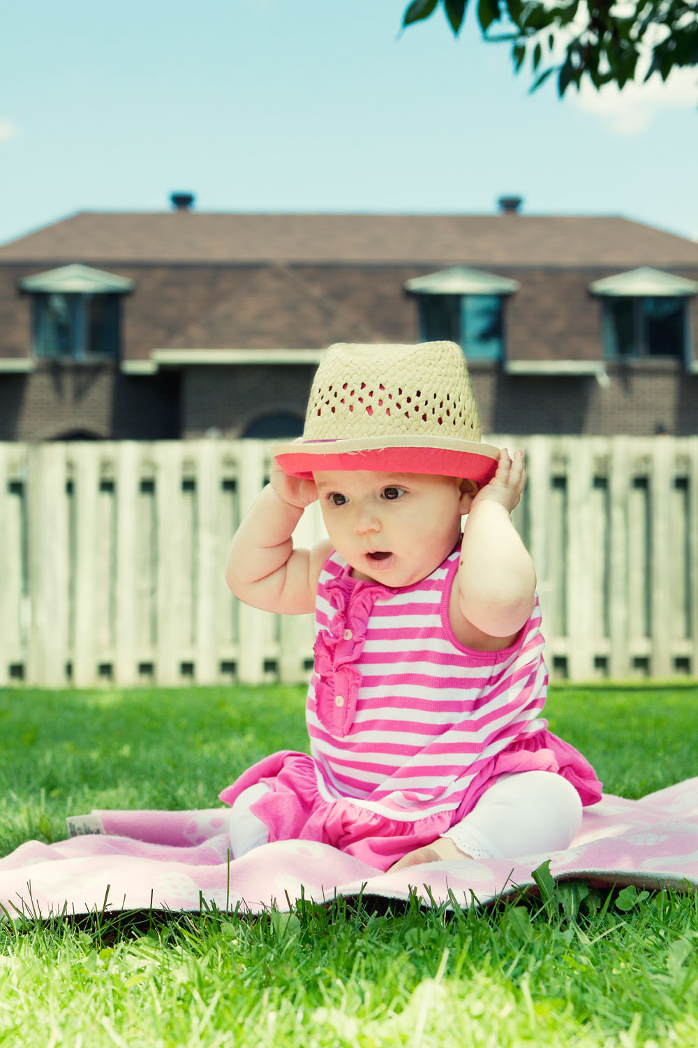 Baby Group 1_with hat_effect.jpg