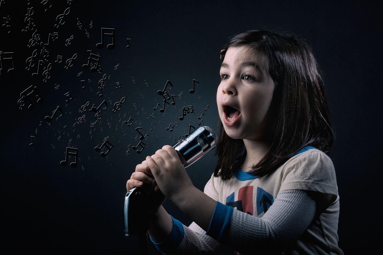 Emma Rocks_singing_FINAL.jpg
