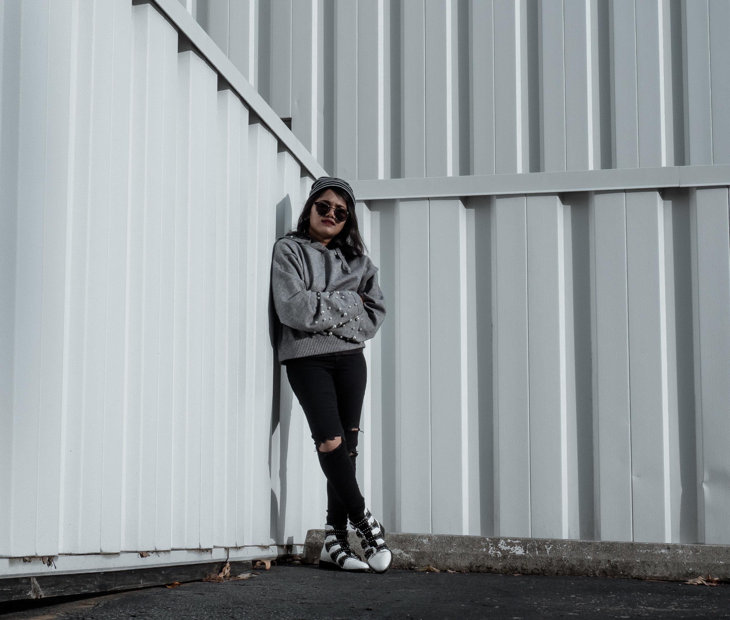 Pearl Hoodie-16.jpg