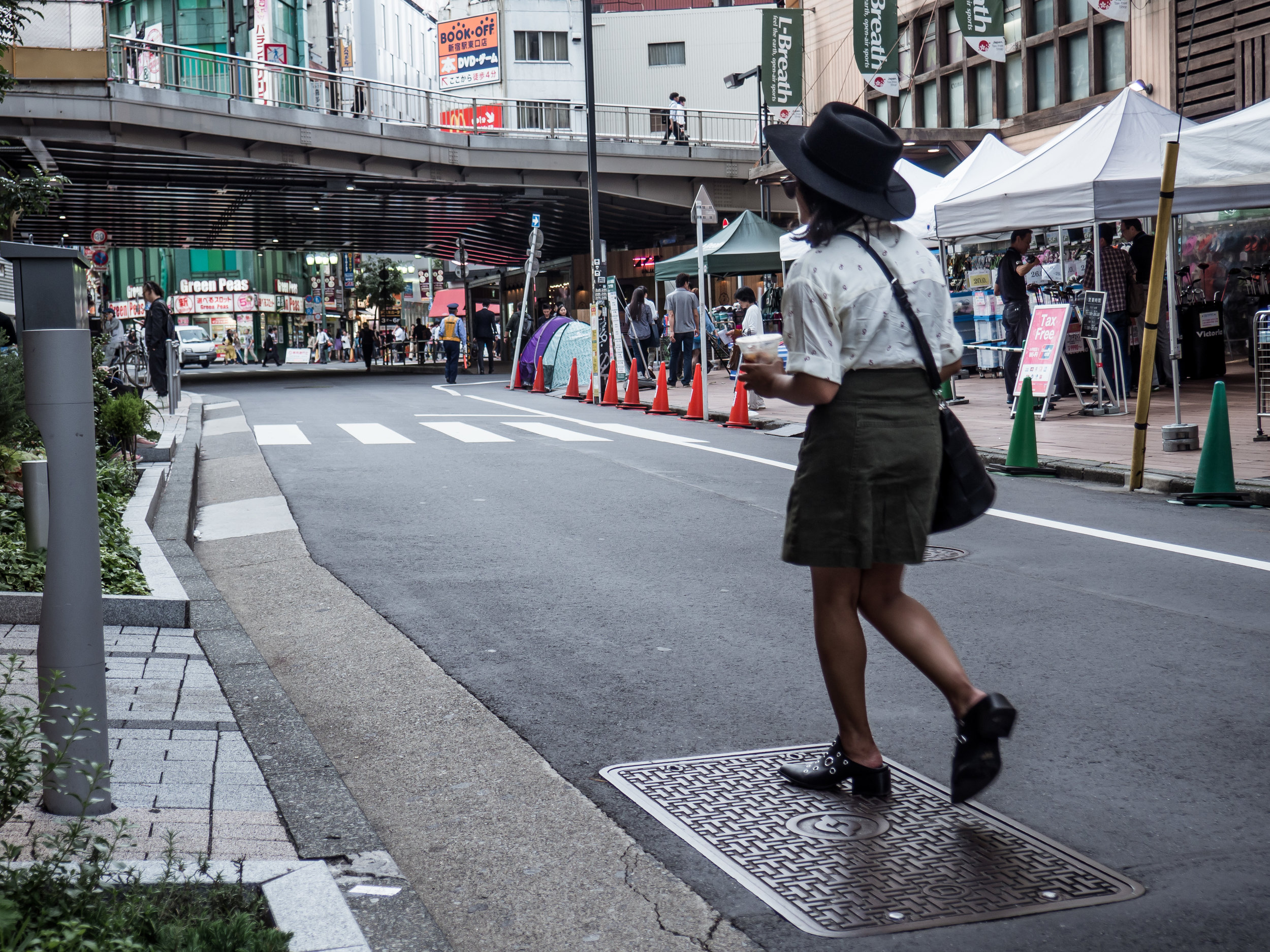 Knot Sisters Future is Female Shirt in Shinjuku