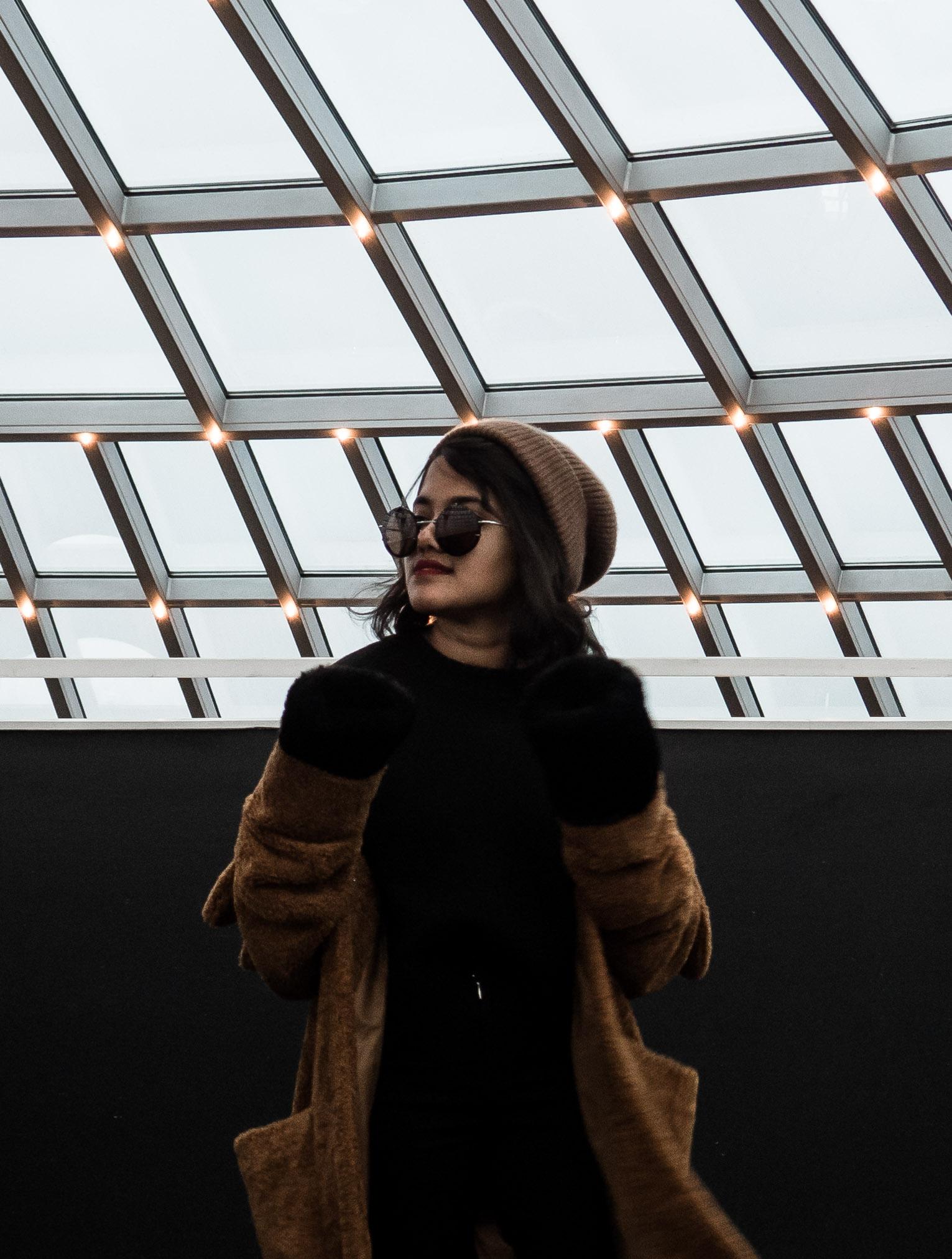 Warehouse Petite Teddy Fur Coat - Perlan Dome