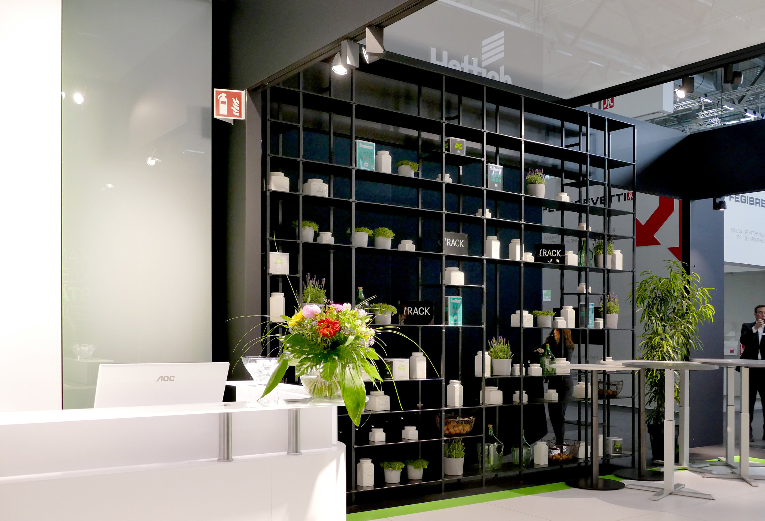 tRACK by VOLUME K - tRACK is the newest convertible shelving system that can be totally customized.