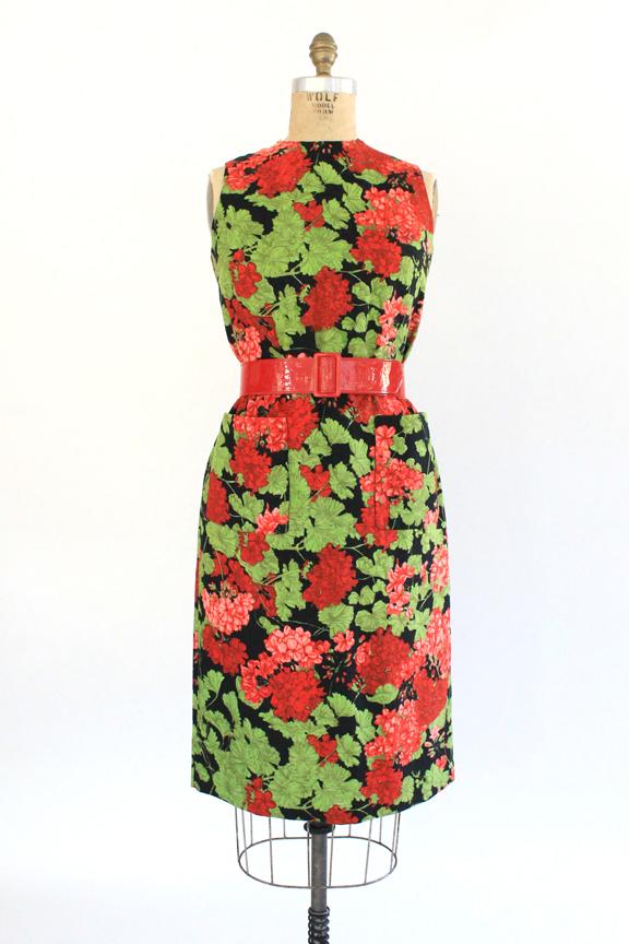Vintage 1960s floral shift dress