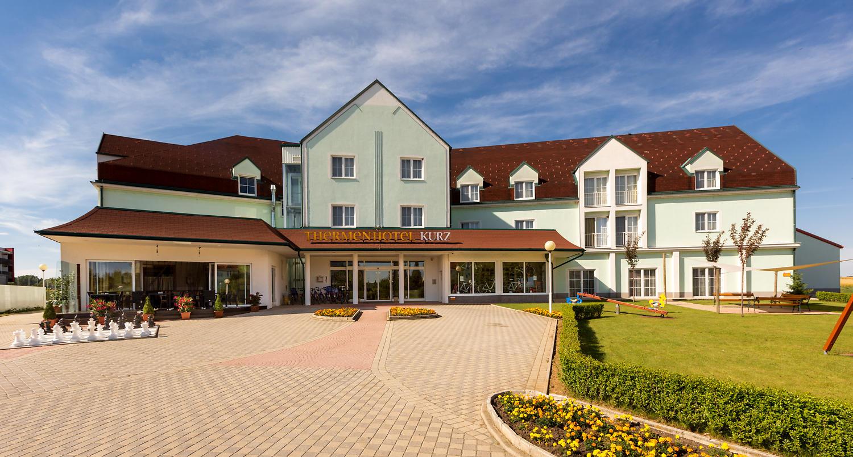 thermen-und-familien-hotel-kurz-therme-lutzmannsburg-03.jpg