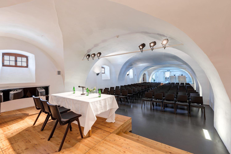 esterhazy-folder-events-location-foto-hafenscher-eisenstadt-lackenbach-forchtenstein-09.jpg