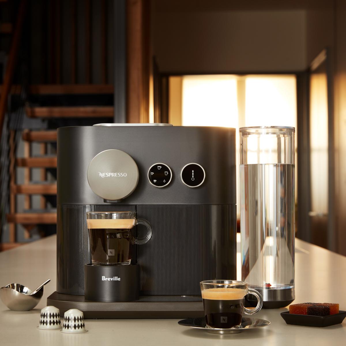 Nespresso_AntonioDelucci_Adv.jpg