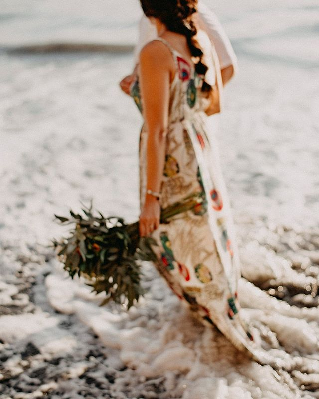 Wishing you beautiful moments, treasured memories, and all the blessings a heart can know. Happy New Year! . . . . . #wanderingphotographers #loveandwildhearts #belovedstories #dirtybootsandmessyhair #justalittleloveinspo #elopementcollective #elopementlove #authenticlovemag #firstandlasts #wedphotoinspiration #destinationweddingphotographer #destinationwedding #loveintentionally #costaricawedding #costaricaweddingphotographer #lovellope #elopementphotographer #wanderingweddings #ruffledblog #bohowedding #intimatewedding #heyheyhellomay #radstorytellers #adventurouslovestories #radcouples #muchlove_ig #lookslikefilm #bohobride #hippiebride #indiebride