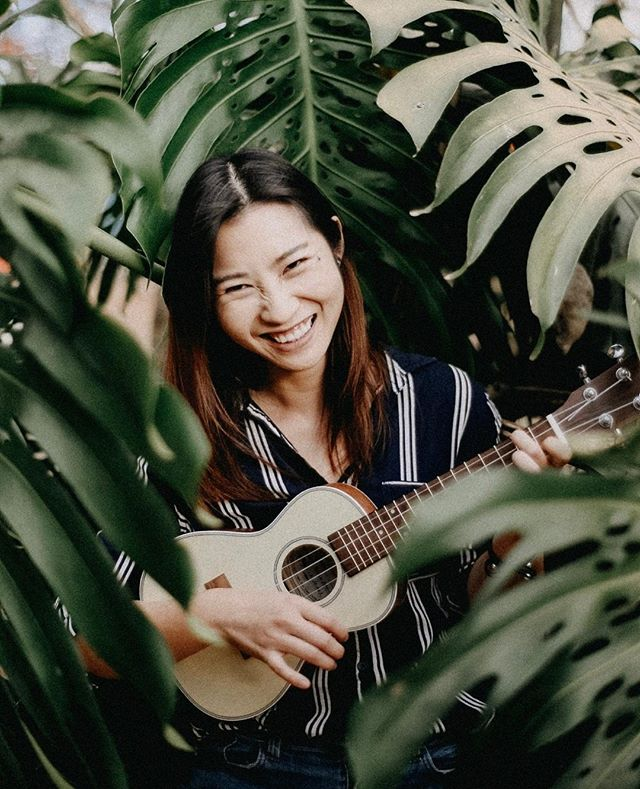 """Sometimes your joy is the source of your smile, but sometimes your smile can be the source of your joy."" —Nhat Hanh.⠀ .⠀ .⠀ .⠀ .⠀ .⠀ #portraitphotography #portraitphotographer #costaricaphotographer #art #ukulele #uke #smile #joy"