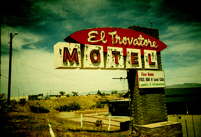 road.lomo2011_0101.jpg