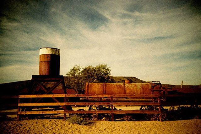 Exploring Pioneertown, while waiting for our reservations at Pappy and Harriet's.  #yuccavalley #pioneertown #pappyandharriets #californiadesert #analogphotography #analog #analogue #analogfilm #lom #lomography #lomographie #lomo #lomolca #crossprocess #slidefilm #adventureawaits #wildwildwest #neverstopexploring #adventureladies #worldtravel #explorecalifornia