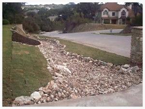 Austin_Texas_Landscape_Lawn_Dry_Creek_