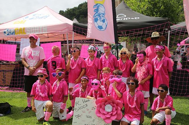 B2007 FC Heat getting their pink on in to show their support. #kickinchal  #komensd