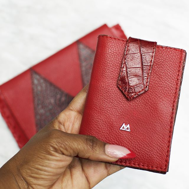 Protect your cards and cash with excellently crafted and innovative leather wallets for men. We took the standard wallet and re-engineered it 😉. #LoveMarte #LeatherWallets ⠀ ⠀ ____⠀ #bagseller #baglover #bagsaddict #bagfashion #llf2019 #lagosleatherfair #handbagshop #handbagsonline #handbagoftheday #leatherwallets #exoticskins #leatherhandbag #leatherbags #exoticskins #leather #african #travel #textures #minimalist #bagoftheday #madeinafrica #botd #bagdesigner #bagmaker #selfridges #harrods #libertylondon #leatheraccessories