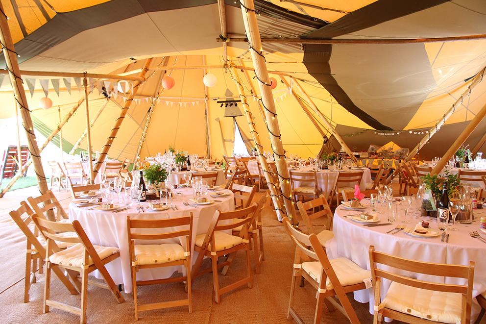 Tipi set up wedding Fiesta Fields