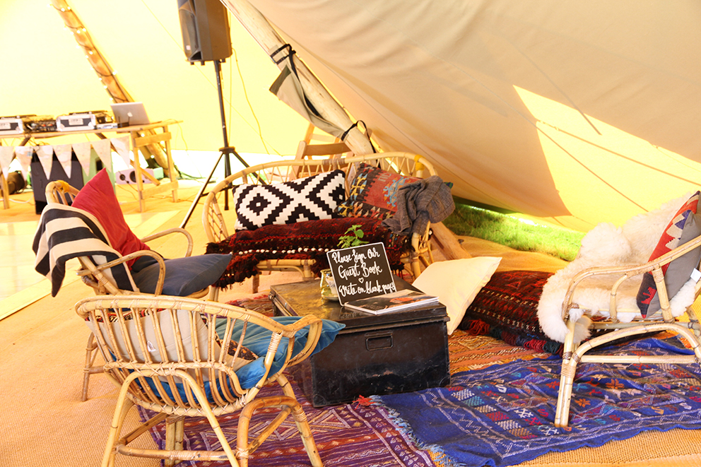 Tipi chill out Fiesta Fields
