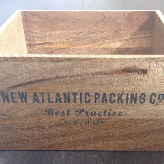 WOODEN BOX  Great for collecting wedding cards @ £5
