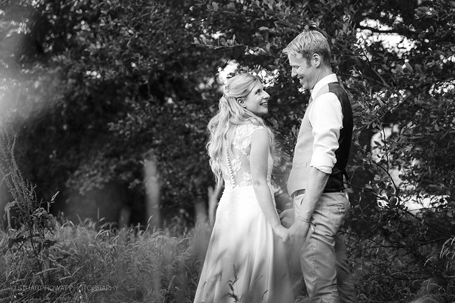 fiesta-fields-festival-wedding-couple-pics-3.jpg