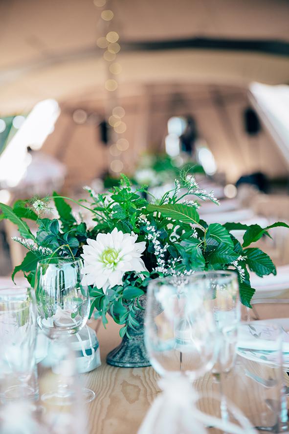 Harry-Collette-tipi-wedding-fiesta-fields-20.jpg