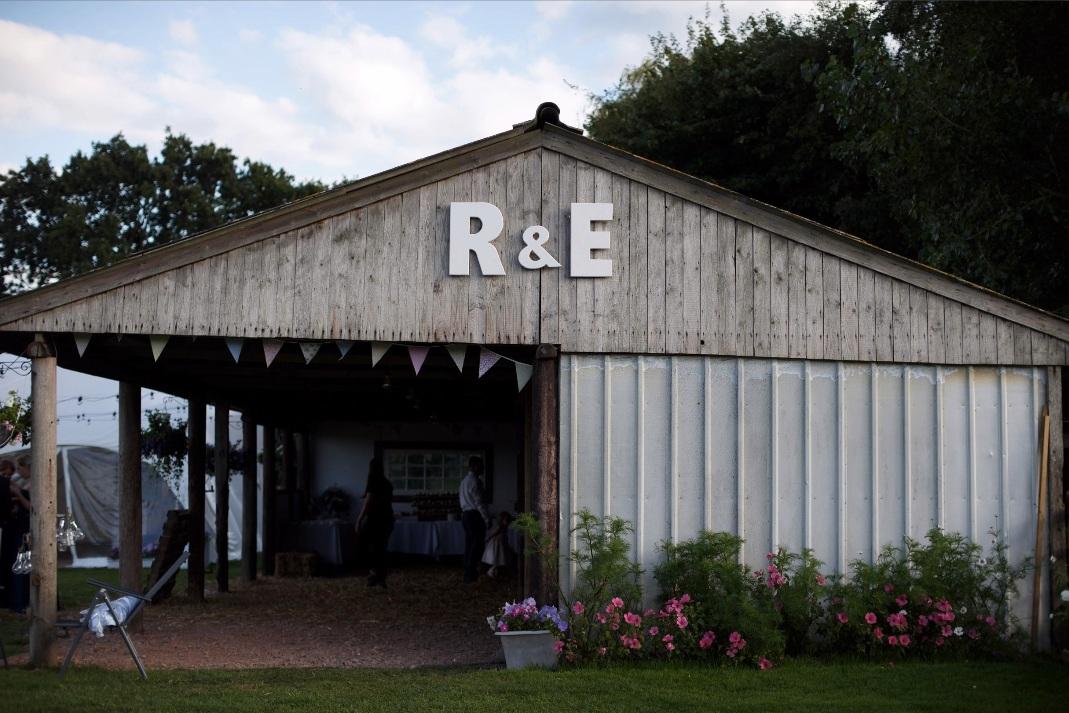 west-sussex-rustic-barn-fiesta-fields.jpg
