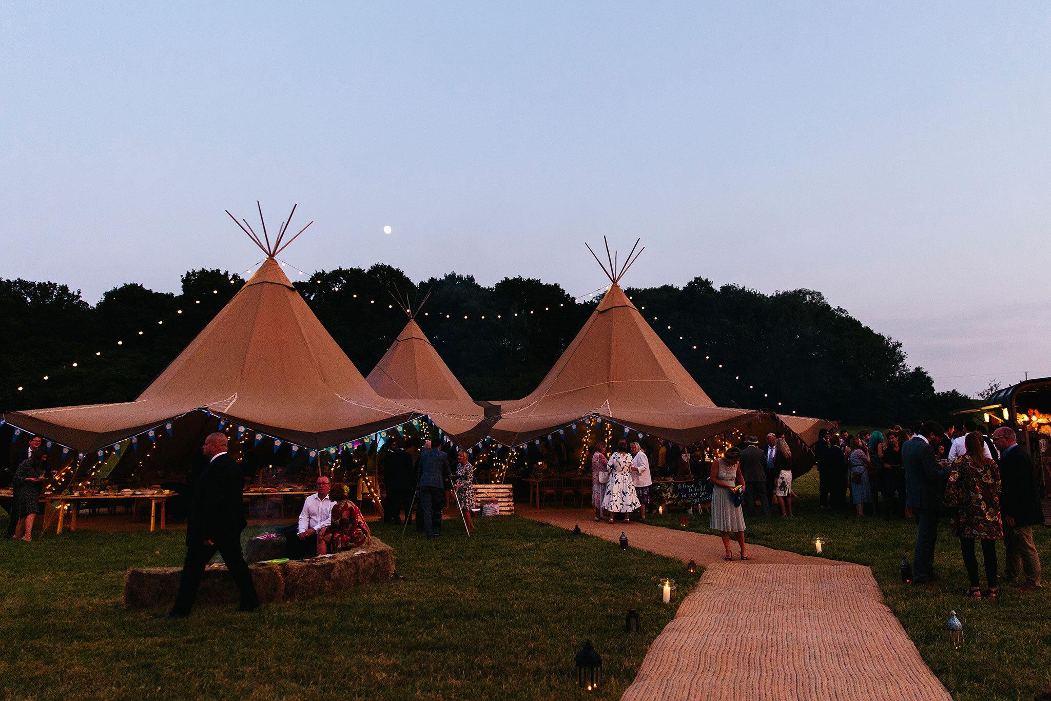 Fiesta-fields-maplehurst-farm-outdoor-wedding-west-sussex-2.jpeg
