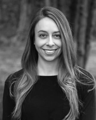 Jennifer Zaczek_artful_editor profile.jpg