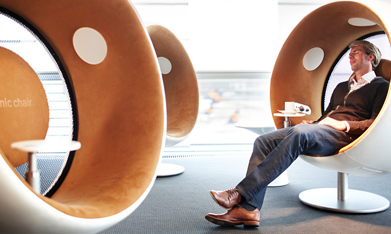 Future Sound of Hospitals: from disease-centered design to human-centered design (2016) (photo: www.sonicchair.de)