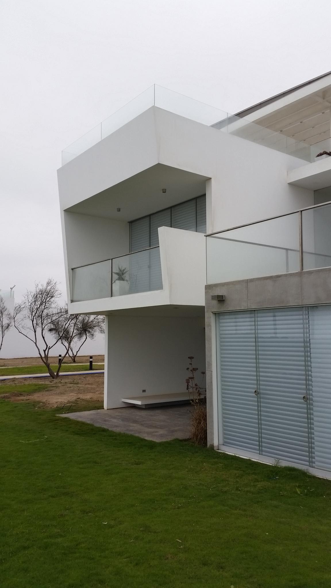 Diego del Castillo - oaudarq - casa de playa EC (7).jpg