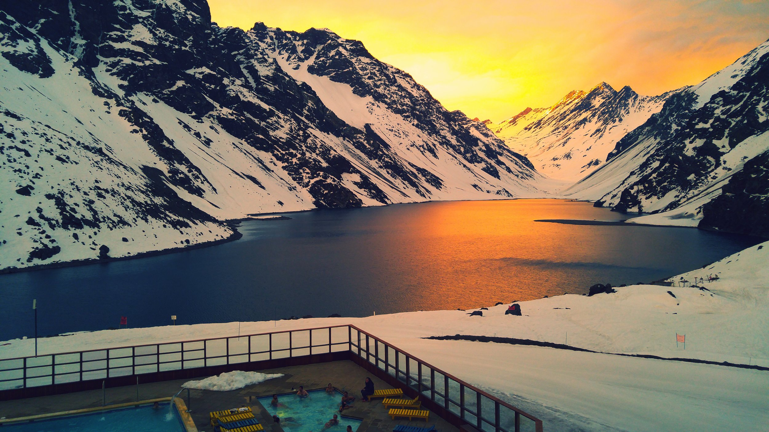 Sunset over Laguna Del Inca