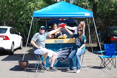 Eagles_Group_2.png