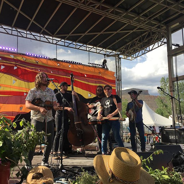 Three day stint down at the Palisade Bluegrass Fest. Ended on a high note with a front row perch for @thelilsmokies #theflannelaxe