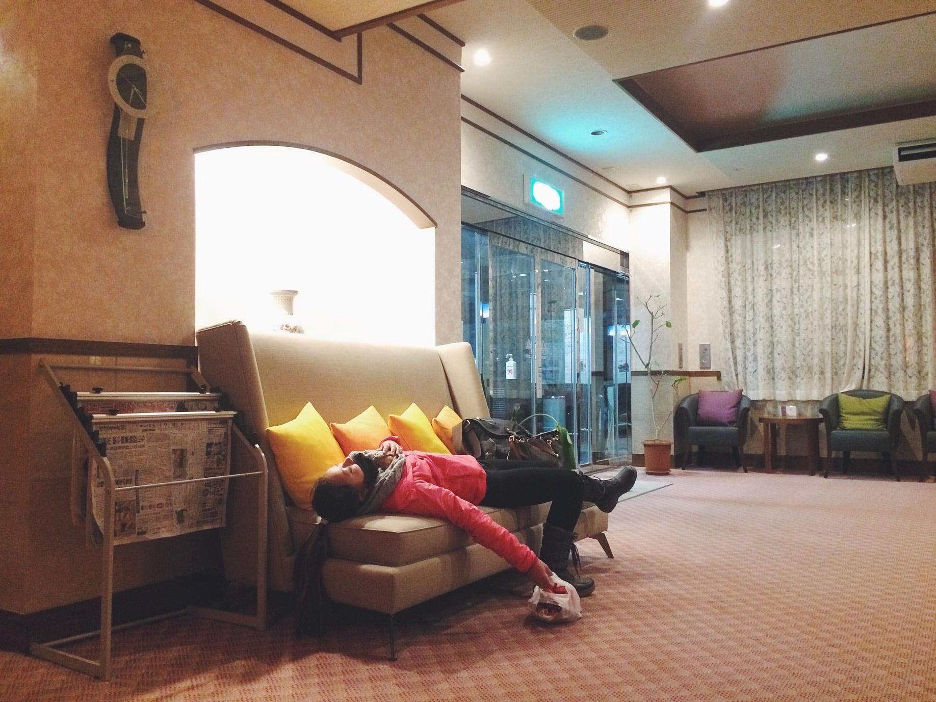 Dead, Marteena getting a few second of sleep in the Lobby since the hotel is still sleeping!