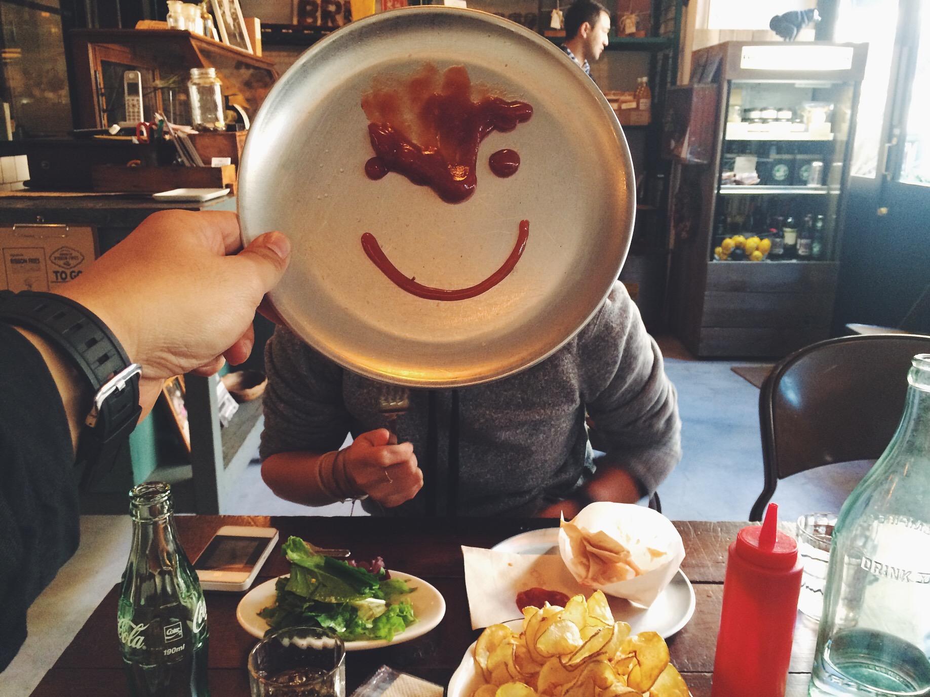 My ketchup happy face.