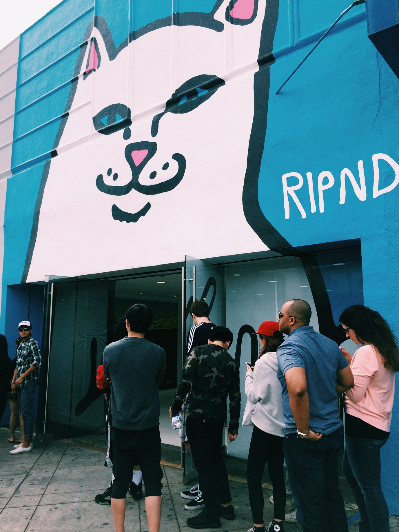 RipnDip was scheduled to be in the Known Gallery for two weeks but due to their success they are holding it down for a whole month. Not to be confused with the people standing in line, they are there for Supreme which is next door.