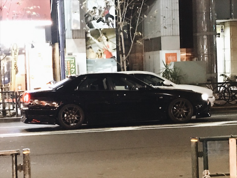From my window I spotted this R34 sedan B, Hard.