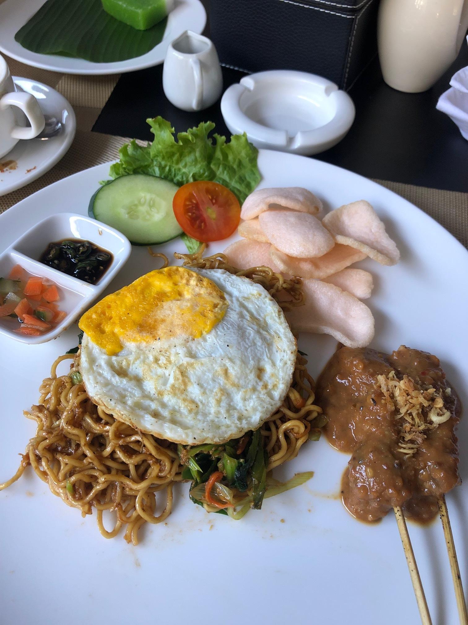 Continental breakfast, Indonesian Breakfast. It was pretty good.