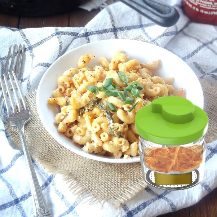 Vegan_kimchi_mac_and_cheese_portrait.png
