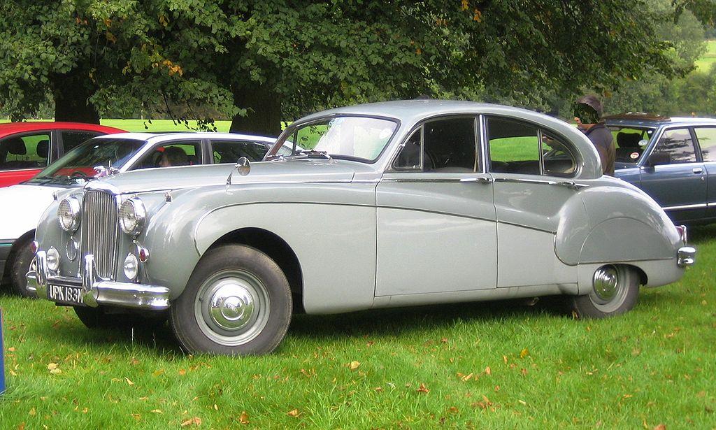 Jaguar Mark VIII