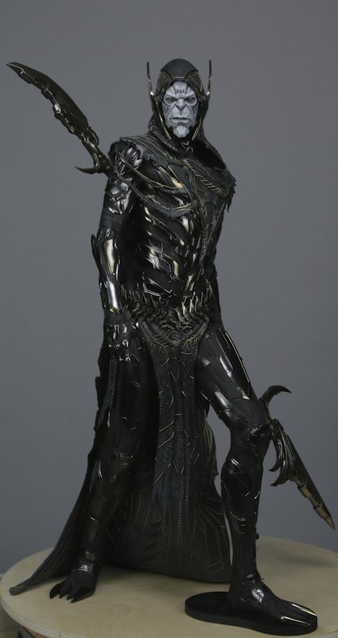 pio-paulo-santana-thanos-corvus-glaive-maquette.jpg