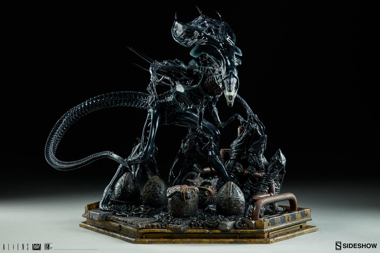 pio-paulo-santana-aliens-alien-queen-maquette-sideshow-300267-04.jpg