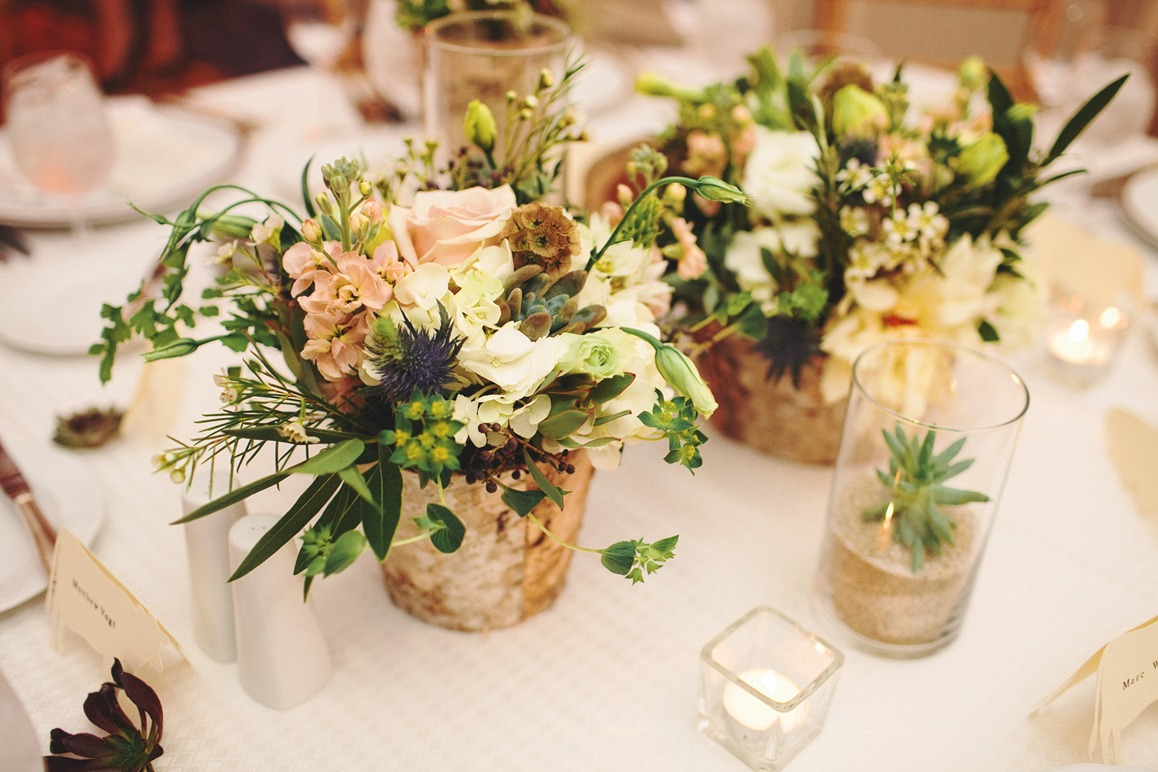 flower-arrangements-for-wedding-tables.jpg