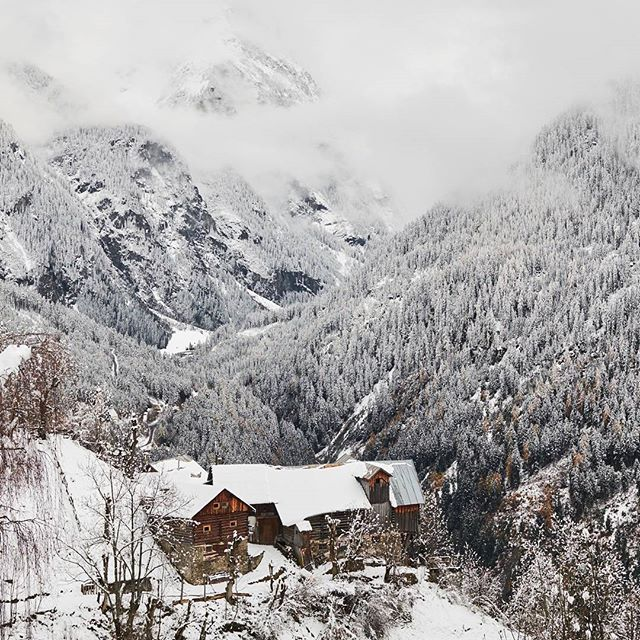 Look who's back. #winter is calling. #farm #abandoned #kaunertal #tirol #tiroleroberland #visittirol